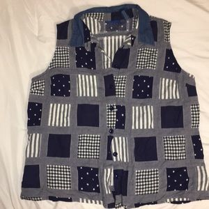 Sleeveless Stars and Stripes button down